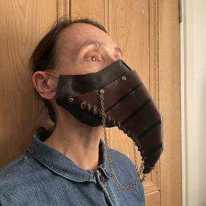 beak design face mask