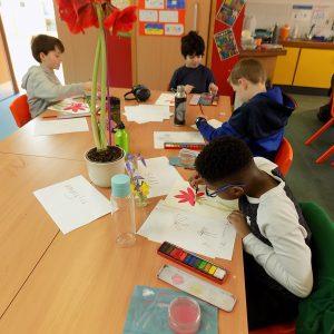 art class children painting