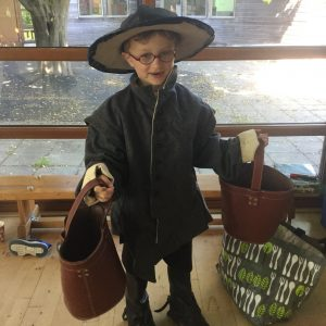 School child dressed for Great Fire of London Workshop